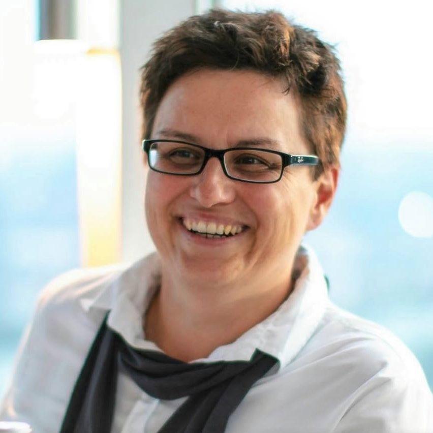Sabine Hackl